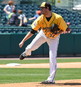 new-britain-bees-pitcher-pettibone-aims-to-earn-return-to-mlb-organization