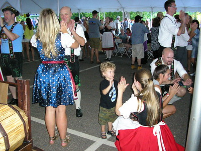 german-or-just-german-at-heart-all-welcome-at-bierfest