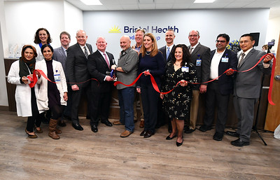 bristol-health-opens-new-building-in-southington