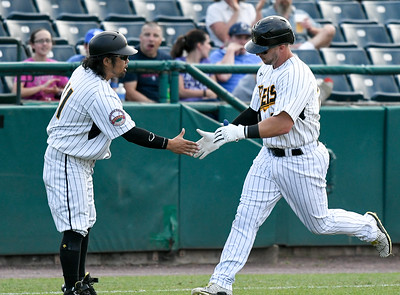 offense-leads-new-britain-bees-to-series-win-over-sugar-land