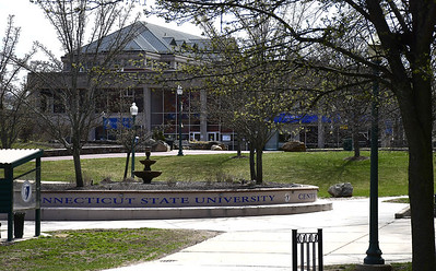 two-commuter-ccsu-students-including-one-from-new-britain-test-positive-for-covid19
