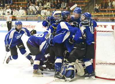 dipietros-goal-lifts-hallsouthington-ice-hockey-to-first-state-title-game-in-semifinals-win-over-wmrp