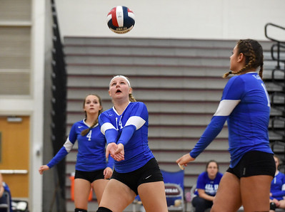 plainville-girls-volleyball-using-early-part-of-season-to-gain-experience
