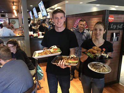 southington-chamber-welcomes-shermans-taphouse-to-town