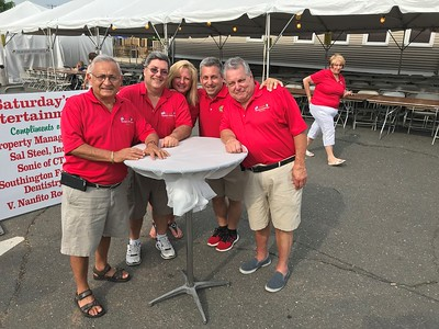 food-is-the-star-at-the-southington-italian-festival