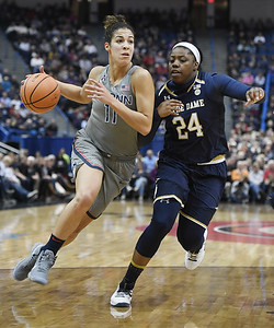 nurse-settling-into-leading-role-for-uconn-womens-basketball-in-early-part-of-season