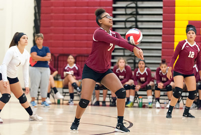 new-britain-girls-volleyball-sweeps-bloomfield-for-easy-win