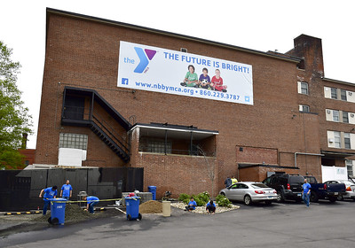 comcast-helps-new-britainberlin-ymca-with-some-spring-cleaning