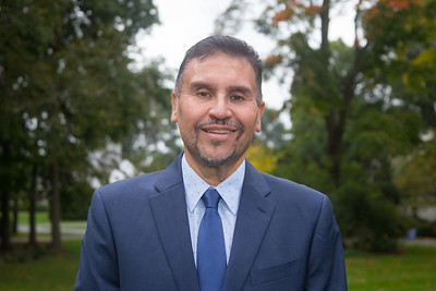 new-britain-democratic-town-committee-endorses-bobby-sanchez-to-challenge-erin-stewart-for-mayor