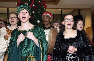 new-britain-high-madrigals-sing-at-one-liberty-square-oic