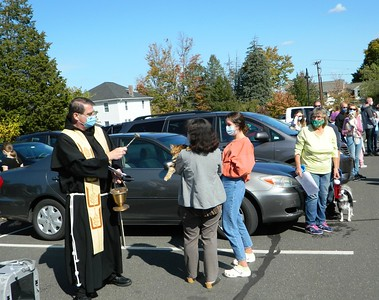 pets-from-far-and-wide-are-blessed-by-local-church