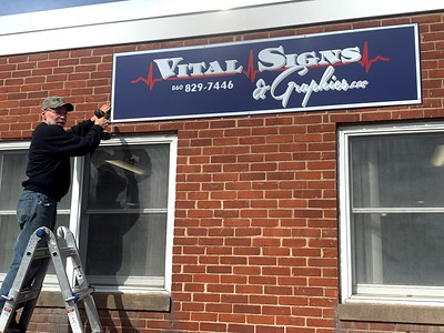 berlins-vital-signs-and-graphics-celebrates-25th-anniversary-moves-to-new-location-in-town