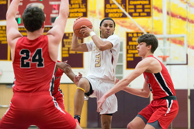 new-britain-boys-basketball-shows-it-has-plenty-of-poise-after-slow-start-in-division-ii-state-tournament-quarterfinals