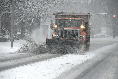 huge-swath-of-us-hit-by-winter-storm-bringing-snow-cold