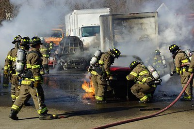 vehicles-burn-at-newington-towing-business