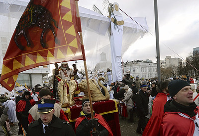 thousands-in-poland-and-across-rest-of-europe-celebrate-epiphany