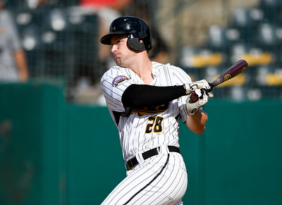 bierfeldt-hit-22nd-home-run-of-the-season-as-new-britain-bees-fall-to-somerset-patriots