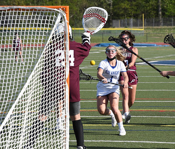 southington-girls-ready-to-make-noise-shake-off-loss-with-playoffs-near