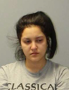 newington-woman-charged-with-drunk-driving-after-wrong-way-crash