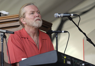 gregg-allman-legend-of-southern-rock-dead-at-69