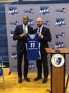 sellers-formally-introduced-as-ccsu-mens-basketball-head-coach