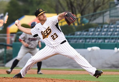 new-britain-bees-have-forgettable-series-against-bluefish-after-pitching-stalls