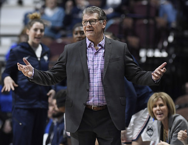 uconn-womens-basketball-ends-up-with-no-2-seed-in-ncaa-tournament