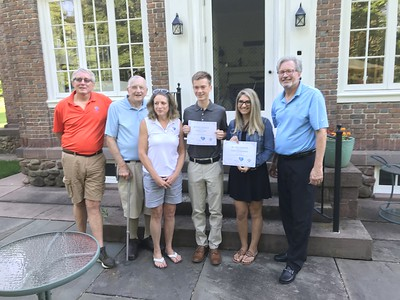petit-family-foundation-honors-2-high-school-seniors