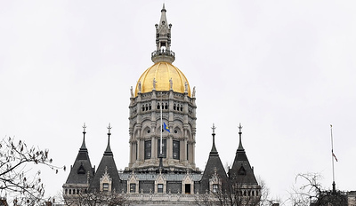 newington-state-rep-offers-exclusive-tour-of-capitol-building-for-newington-residents