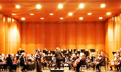 bravo-maestro-new-conductor-a-hit-in-new-britain-symphony-orchestra-debut