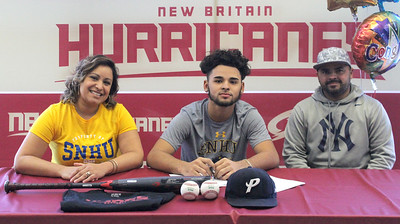 new-britains-rivera-signs-to-play-collegiate-baseball-at-southern-new-hampshire