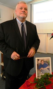 blue-christmas-without-you-southington-church-remembers-members-who-have-died