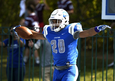 ccsu-football-routs-lincoln-pa-gets-first-shutout-since-2015