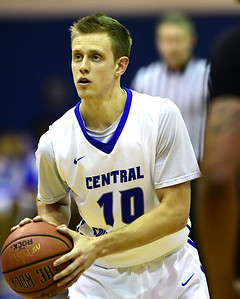 ccsu-mens-basketball-falls-to-uhart-in-overtime-to-open-season