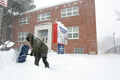local-towns-get-a-foot-of-snow-no-major-issues
