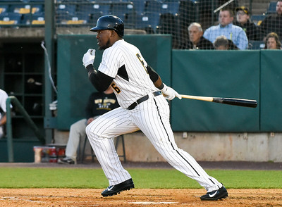walton-collects-four-hits-but-new-britain-bees-drop-fourth-straight-in-loss-to-revolution