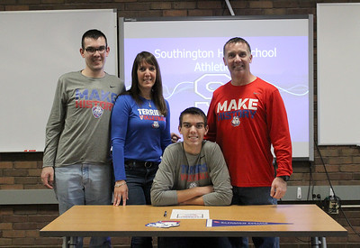 southingtons-walsh-signs-to-play-division-i-mens-volleyball-at-st-francis-brooklyn