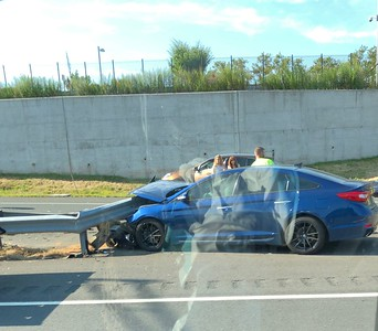 no-injuries-reported-in-new-britain-car-crash