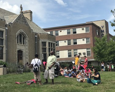 eclipse-watchers-turn-out-in-force-at-library