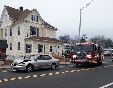 woman-transported-to-hospital-after-accident-on-south-main-st-in-new-britain