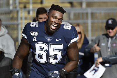 uconn-offensive-tackle-peart-named-first-team-allaac
