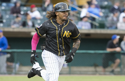 new-britain-bees-take-advantage-of-high-point-rockers-error-in-8th-rally-for-win