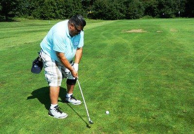 disabled-veterans-find-peace-on-golf-course