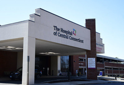 hospital-of-central-connecticut-now-treating-less-than-10-covid19-patients