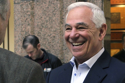 baseballs-bobby-valentine-running-for-mayor-of-hometown