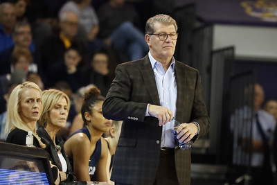 uconn-womens-basketball-looking-for-more-toughness-after-blowout-loss-to-oregon