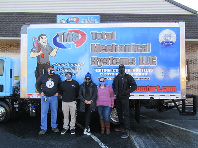 total-mechanical-systems-holds-food-drive-for-united-way