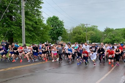 lucy-robbins-welles-librarys-annual-road-race-challenge-in-newington-is-back