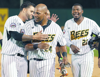 new-britain-bees-resign-three-atlantic-league-allstars-for-upcoming-season