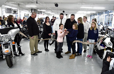plainville-chamber-of-commerce-offers-an-enthusiastic-welcome-to-powerhouse-motorsports